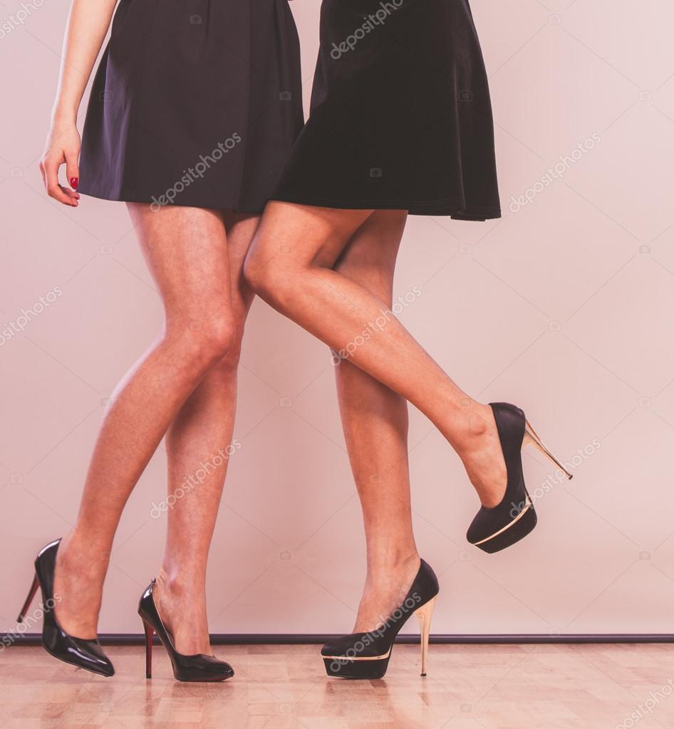 Секси ножки в каблуках