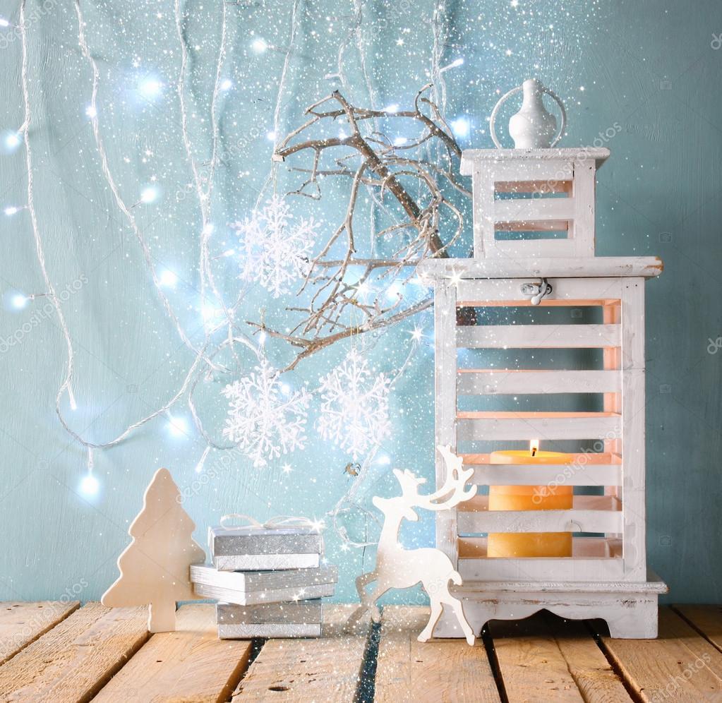 Vintage Laterne aus Holz — Stockfoto © tomert #85117632