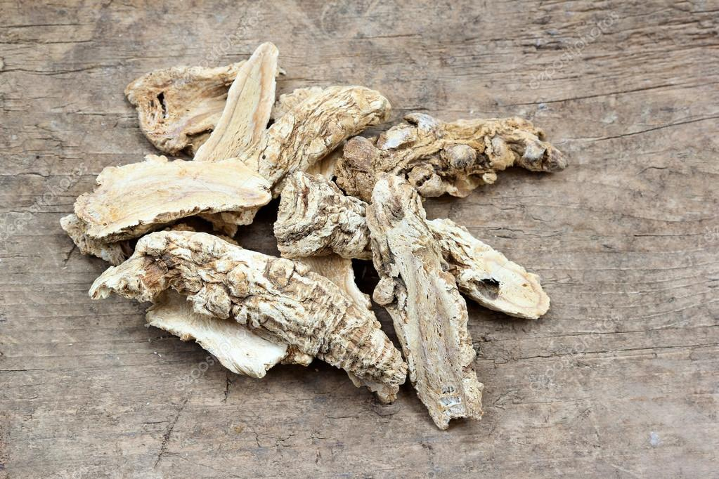 Chinese Herbal medicine - Dang Gui Ginseng (Angelica Sinensis)