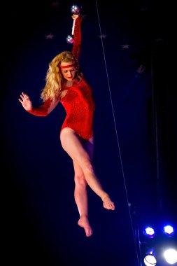 Kimberly Sourena trapeze artist