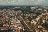 městská krajina s moderními domy a ulicemi, letecký výhled, Istanbul, Turecko