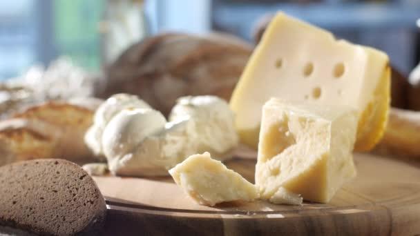 Sada tvrdých a měkkých sýrů