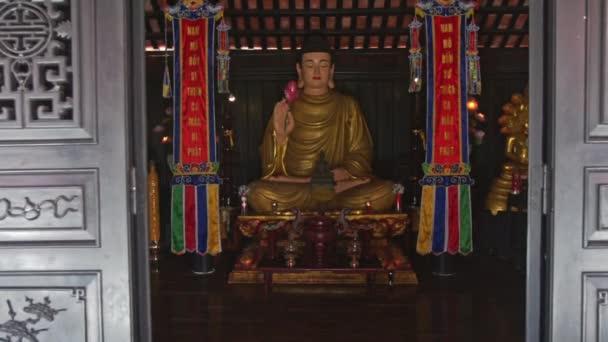 arany buddha-szobor