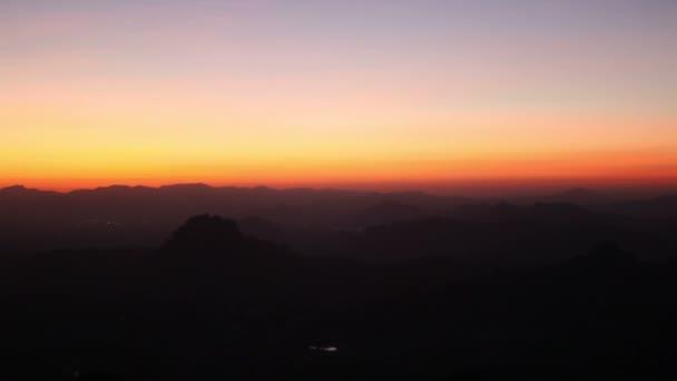 Dawn  under  mountain