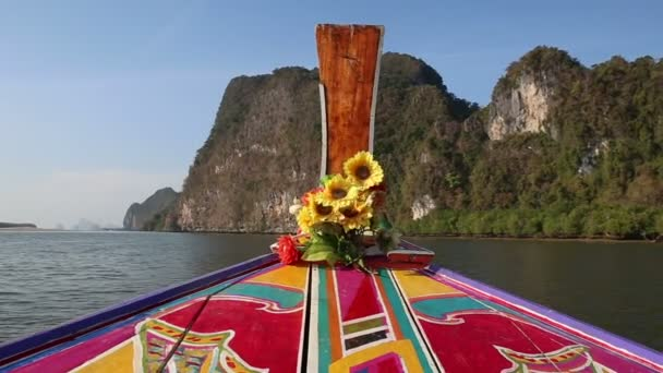 Thai longtail hajóval, vitorlázás, víz