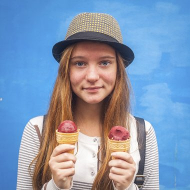 Teen girl with ice creams