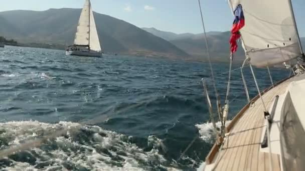 Plachetnice v Egejském moři