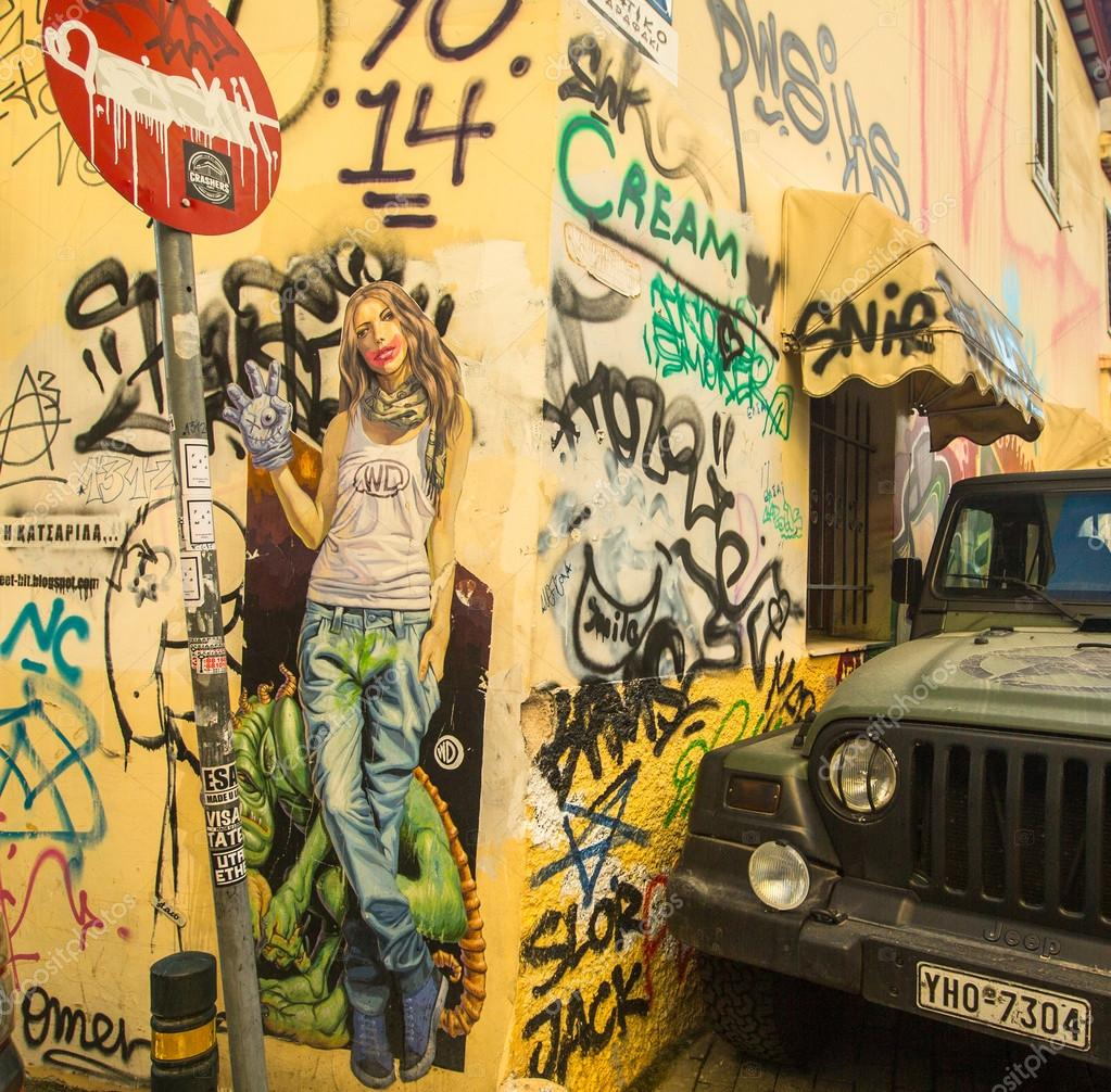 Contemporary graffiti art on city wall – Stock Editorial Photo ...