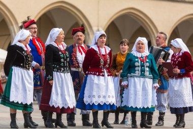 Polish folk collective on Main square