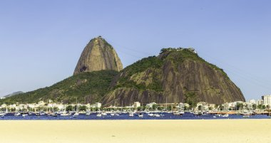 Brazil, Rio de Janeiro, Sugar Loaf Mountain - Pao de Acucar with the bay and Atlantic Ocean