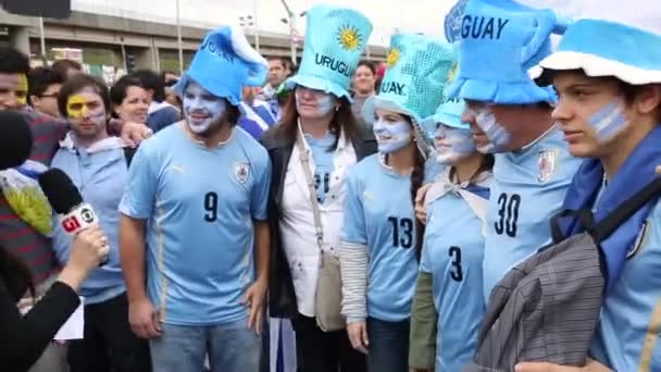 I tifosi uruguaiani celebrano