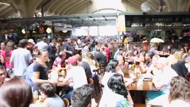 People eating at Municipal Market in Sao Paulo