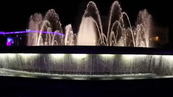 fontána show v Barceloně