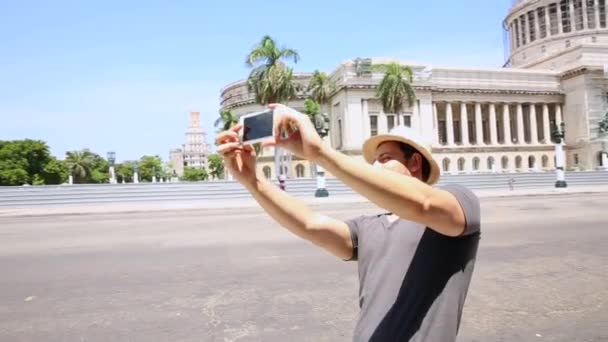 Turistické vlastní fotografování v Havaně na Kubě