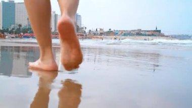 Free Videos Pretty Legs