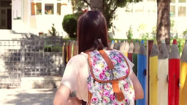 Vissza az iskolába iskoláslány