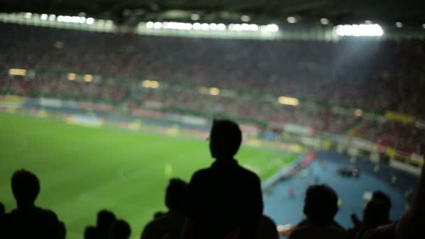 homályos foci rajongók a labdarúgó-stadion