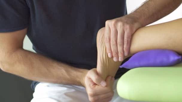 fyzioterapie, chodidla a bérce