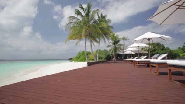 tropického bazénu