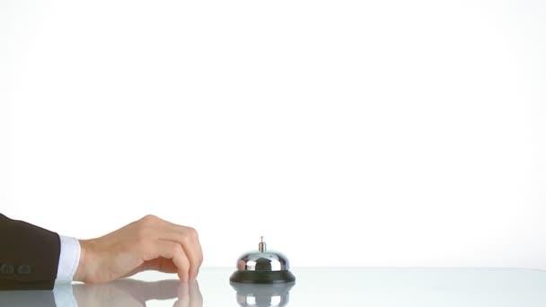 ruční zvonění zvonku recepce