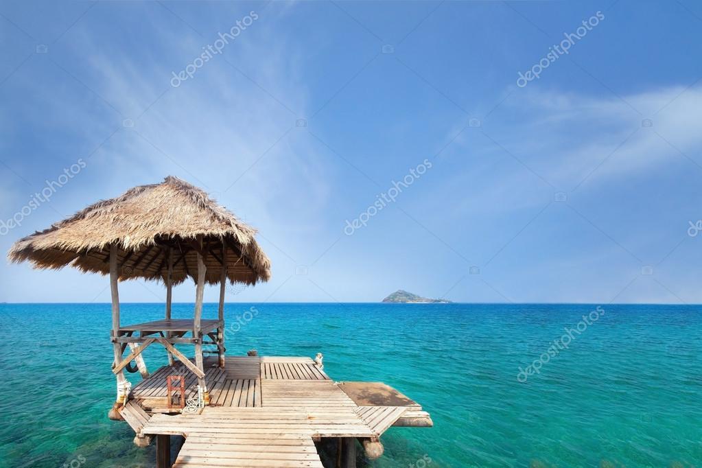 paradise travel destination