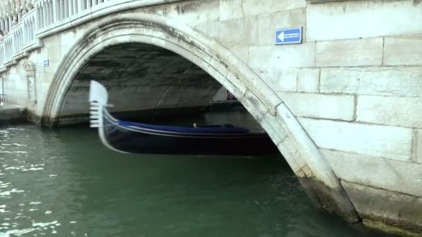 Venice gondola Velencében