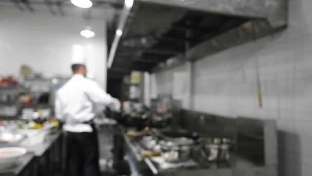 Mozgás szakácsok étterem konyha