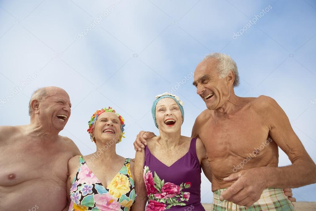 Gruppo di anziani in costumi da bagno foto stock bst2012 52030597 - Costumi da bagno stock ...