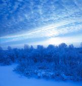Chladné zimní večer