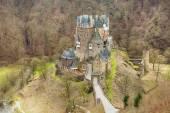 Fotografie eltz burg, eine mittelalterliche burg in deutschland