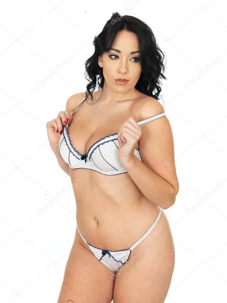 28e8c46bd8 Attraente giovane Pin Up modello indossa biancheria intima Lingerie  sensuale — Foto di ...