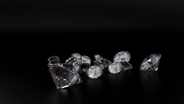 transparente Diamanten drehen sich um 360 Grad