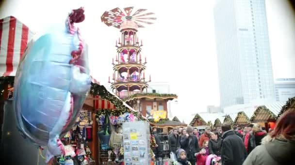 People visiting the Xmas fair at Alexanderplatz in Berlin (Germany)