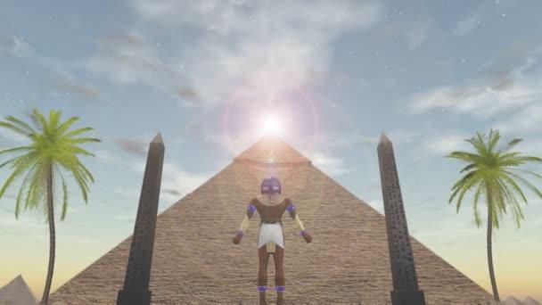 animace egyptského boha horus stojící před pyramidu