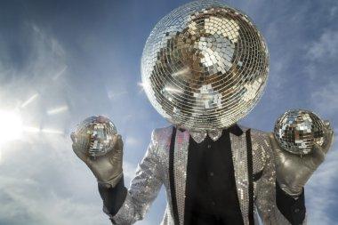 mr discoball sunshine