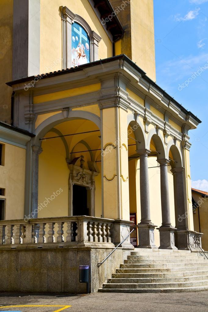 Parcheggio varese Italia il vecchio Campanile di parete terrazza ...