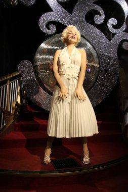 Marilyn Monroe wax statue