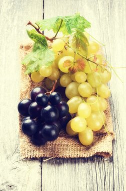 Bunch of white and red grapes