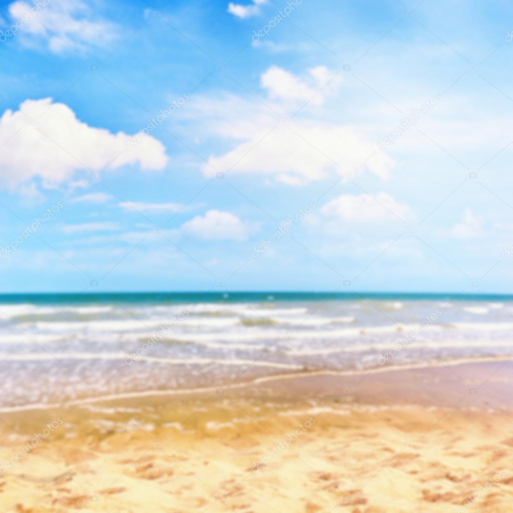 Estate Mare E Spiaggia Di Sabbia Dorata Foto Stock Paulgrecaud