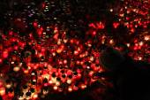 Svíčky vystoupit v memoriam