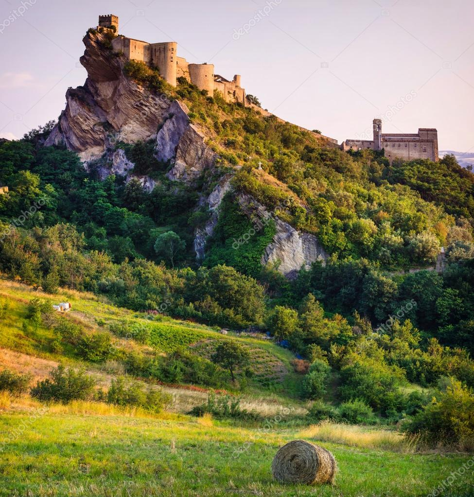 most beautiful castles of Europe - Roccascalegna in Italy, Abruzzzo