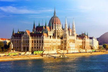 Landmarks of Europe - Budpaest, view of Parliament over sunset