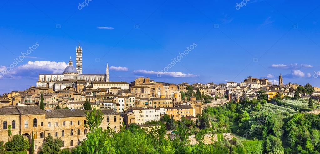 Marcos da Itália - panorama de Siena — Fotografias de Stock © Maugli ...