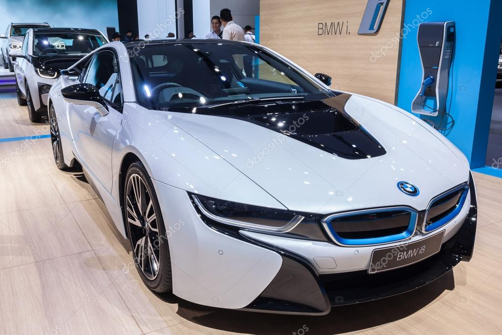 BMW i8 a plug-in hybrid sports car