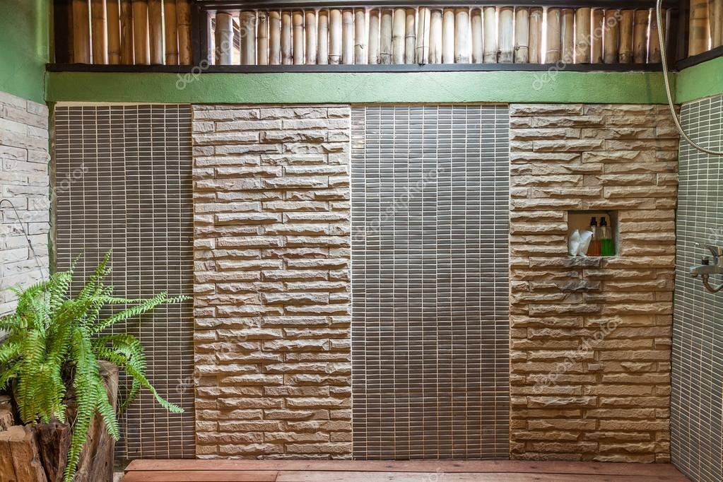 Decoratie in moderne stijl badkamer u stockfoto hadkhanong
