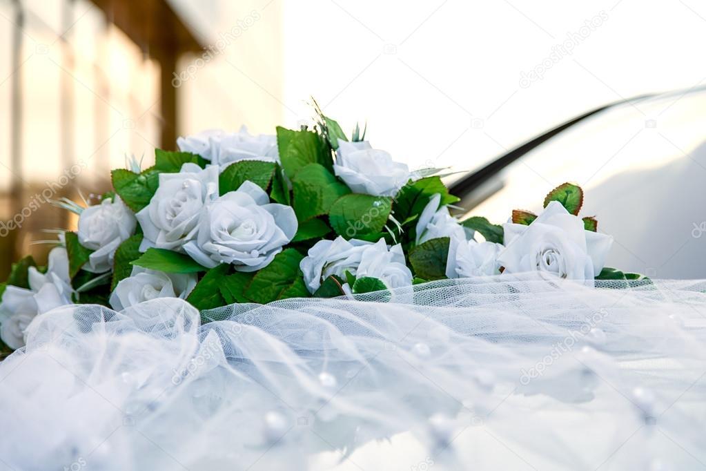 Auto Dekoration Hochzeit Blumen Rosen Stockfoto C Dmitriykp 86718200