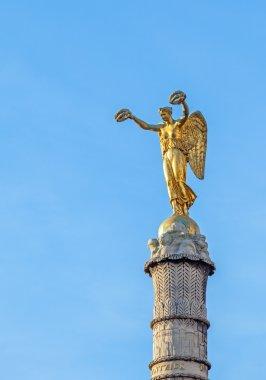 Palmier fountain in Paris