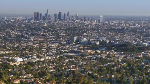 Los Angeles Skyline vzdálené zavedení Shot