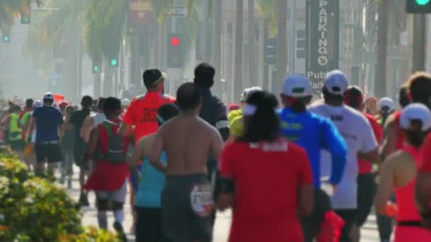 Racers Participate in the LA Marathon on Rodeo Drive