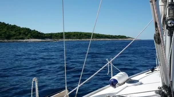 Kék tenger vitorlázás